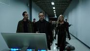 Cayden James, Black Siren i asystent w głównej serwerowni internetu (3)