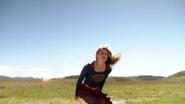 Supergirl frist meet Flash (5)