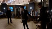 Harrison Wells (Earth-2) fight in Jay Garrick in S.T.A.R. Labs (8)