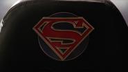 Supergirl symbol