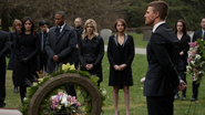 Oliver tells a eulogy in Laurel's honor