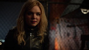 Black Canary (Evelyn Sharp) frist met Green Arrow (10)