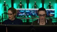 Alena i Felicity odkrywają prawdziwego zabójcę Owena Posta (1)