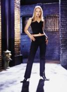 Dinah Redmond promotional image 1