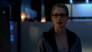 Felicity Smoak says Oliver Queen of he's strong