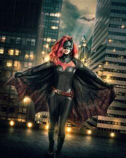 Batwoman-elseworlds-arrowverse-ruby-rose-first-look-1138082.jpg