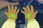 1304a 09 Hands