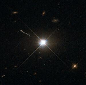 Best image of bright quasar 3C 273.jpg