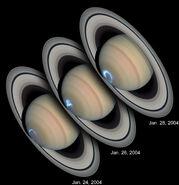 Saturn Aurora HST UV-Vis