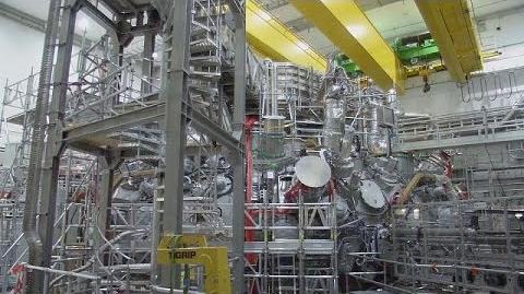 """Fusionsanlage_""""Wendelstein_7-X""""_in_Betrieb"""