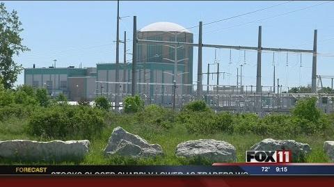 Residents_attend_Kewaunee_Nuclear_Power_Station_meeting