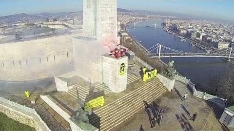 """Budapest Greenpeace-Protest gegen AKW """"Paks"""""""