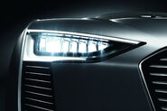 Audi-e-Tron-Spyder-24