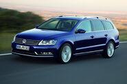 2011-VW-Passat-35