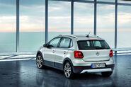 2011-Volkswagen-CrossPolo-5