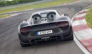 Porsche-918-Spyder-4