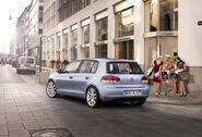 2009-Volkswagen-Golf-6