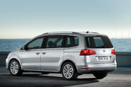 2011-VW-Sharan-MPV-1