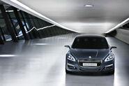 Peugeot-508-Concept-13
