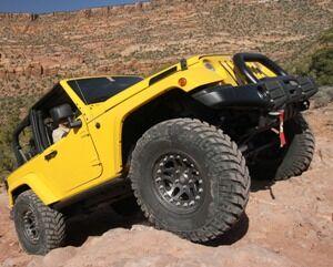 08-easter-jeep-safarismall.jpg