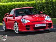Porsche-911-gt2-996-gt2-S2400738-1