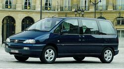 Peugeot 806.jpg