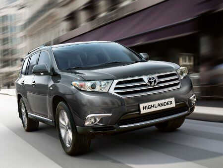 2011-Toyota-Highlander-Carscoop-3small.jpg