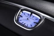 2011-Chrysler-300-17