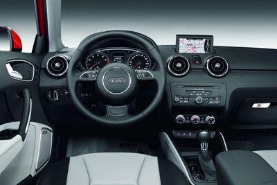 2011-Audi-A1-15small.jpg