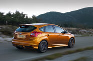 New-Ford-Focus-ST-34