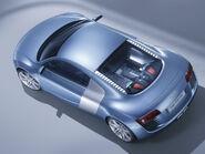 Audi-le-mans-quattro-concept-2003-wallpaper