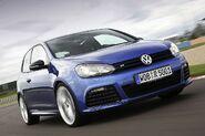 Volkswagen-golf-r20-large 08