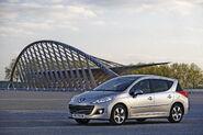 2010-Peugeot-207-SW-2