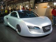 Audi RSQ 2