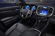2011-Chrysler-300-28