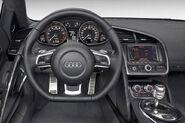 Audi-R8-V10-3