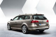 2011-VW-Passat-4