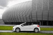 2010-Peugeot-207-CC-2