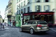 2011-VW-Passat-18