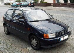 800px-Volkswagen Polo 1.jpg