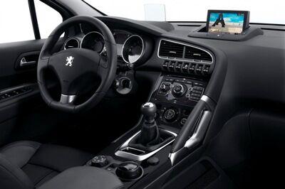 Peugeot-3008-20small.jpg