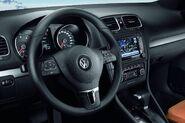 VW-Golf-VI-61