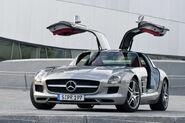 Mercedes-SLS-AMG-34