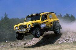 Bowler-wildcat-jump.jpg