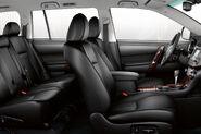 2011-Toyota-Highlander-Carscoop-7