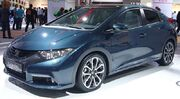 Honda Civic 2.2 i-DTEC (front quarter).jpg