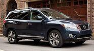 2014-Nissan-Pathfinder-Hybrid