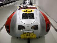 Porsche 550 spyder 8 54
