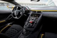 2019-lamborghini-aventador-s-dashboard-carbuzz-364722