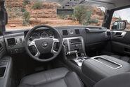 2008 h2 interior2